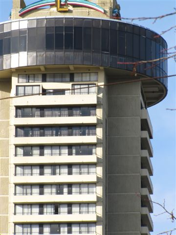 Empire Landmark Hotel - repainting in the revolving restaurant